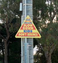 Kids don't bounce sign